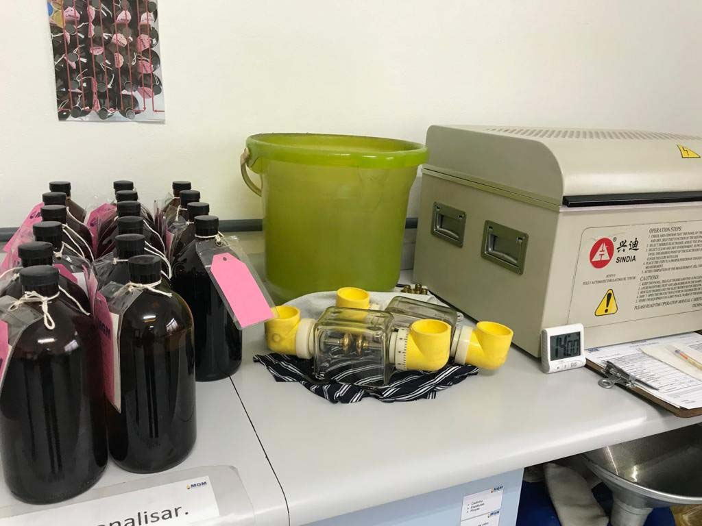 Análise de óleo isolante de transformadores