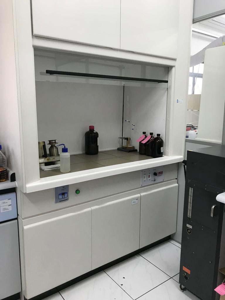 Laboratório de análises químicas